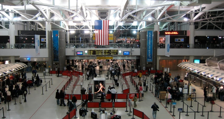 interior of terminal 1 jfk airport