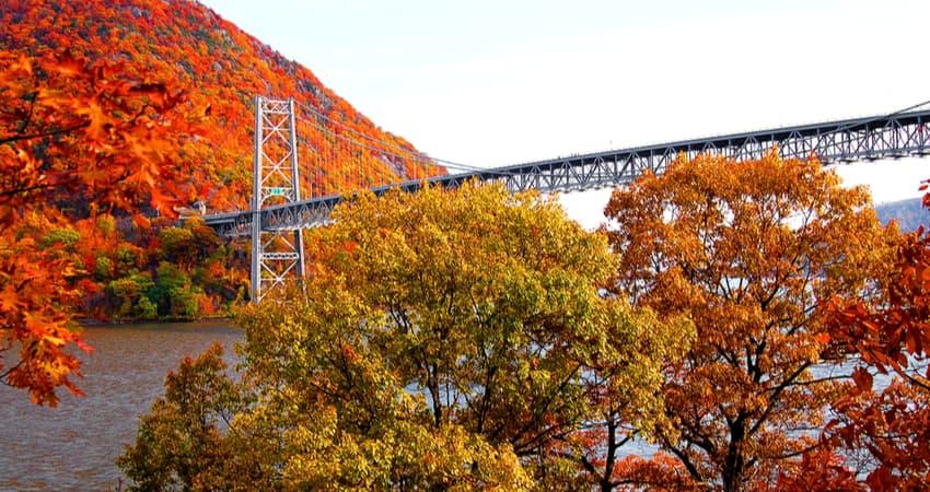 bear mountain bridge in the fall