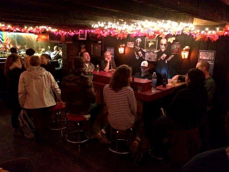 Marie's Crisis Cafe bar